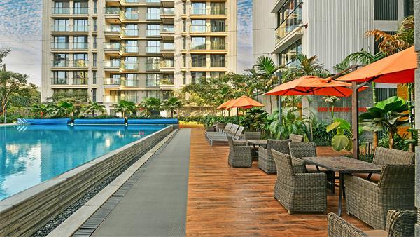 Rustomjee Swimming Pool