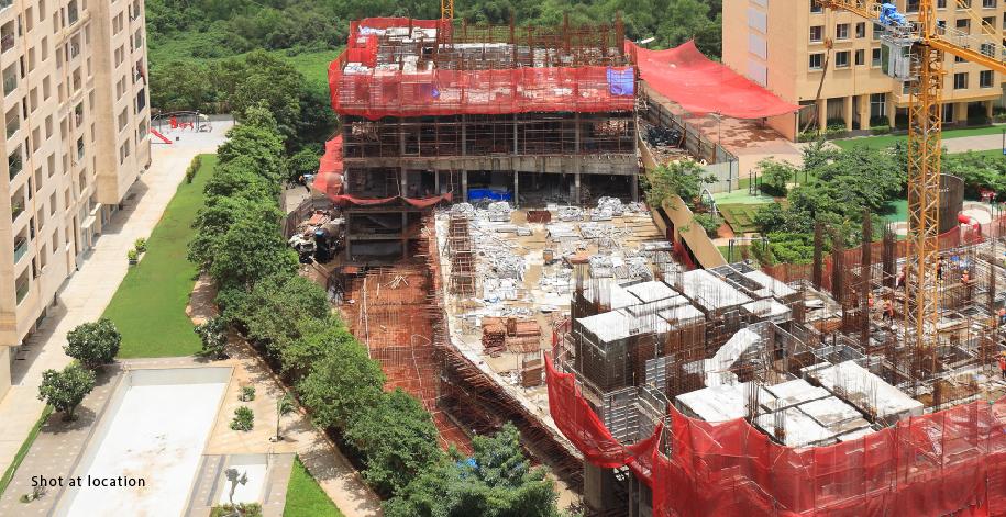 Azziano D Wing - 2nd Floor RCC Work In Progress